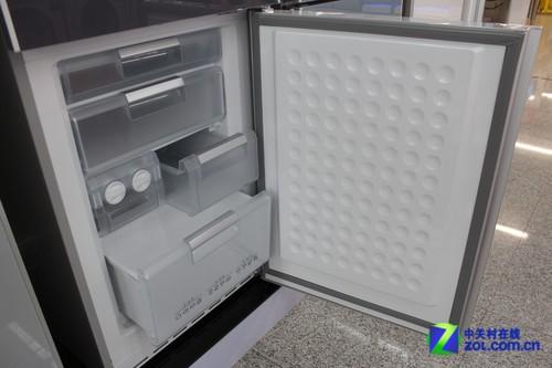 精确电脑温控 西门子三开门冰箱7235元