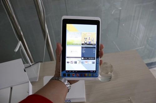 蓝魔数码发布的一款配置了四核及7英寸1280800的IPS屏的W21平板电脑,目前已经在极速上市了,上市价仅为649元/16GB,又一次打破了名牌平板的底价。目前天猫的首发店铺的预定也已经开启,活动链接:   http://detail.tmall.com/item.htm?spm=141.422070.323434.16.VBDP0C&id=22893728055