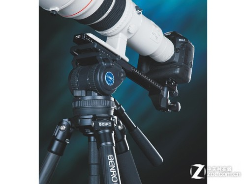 P&E2013:百诺发布高端观鸟三脚架套装