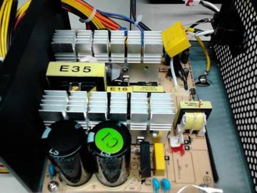 全自动液压机箱内部结构图