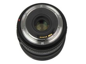 佳能EF 24-70mm f/4L IS USM底部