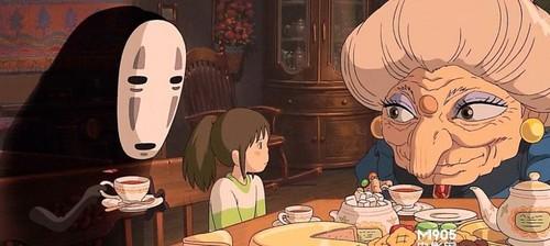 《千与千寻》-宴会料理,和果子点心,饭团 在宫崎骏的动画中,表现食物