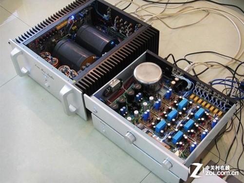 使用印刷电路板,效率高,焊接质量稳定,各项的电性能也都比较高.