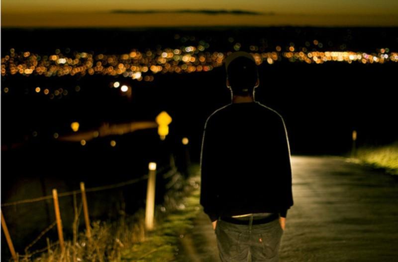 【高清图】 一个人看世界的灯火阑珊 唯美意境摄影图2