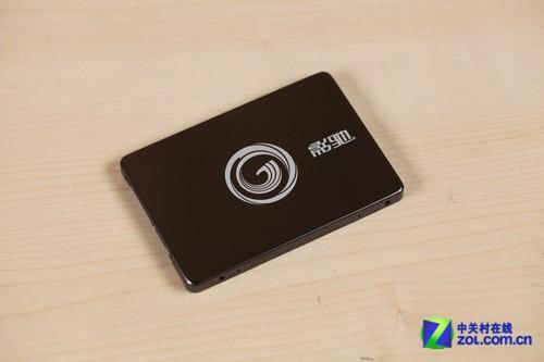 影驰战将240G固态硬盘-完美兼容性 影驰高端DIY套装游戏测试