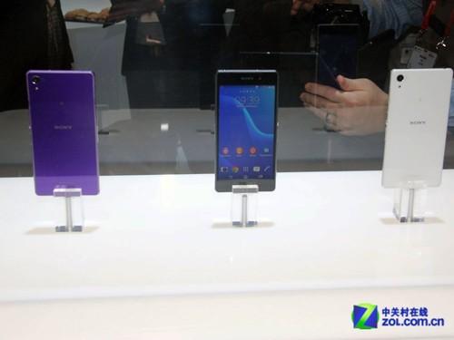 黑白紫 三色新旗舰索尼Xperia Z2齐展出