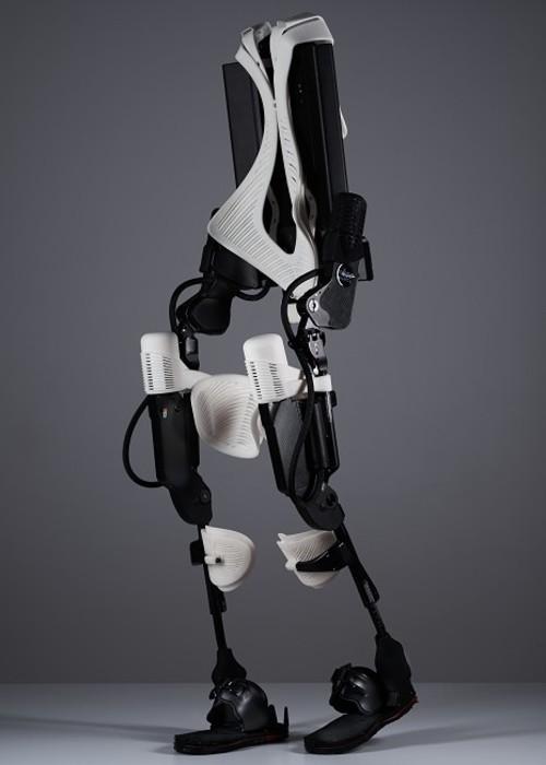 3D打印骨骼机器人让瘫痪病人重新行走