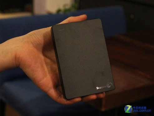 目前便携式移动硬盘的最大容量为2tb硬盘