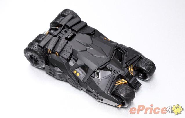 新奇配件:带探照灯的蝙蝠车手机壳