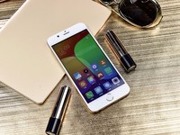 朵唯 L9mini 3GB+32GB 双卡双待 香槟金外观漂亮 京东朵唯手机旗舰店1129元销售中