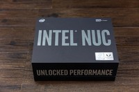 Intel AMD合体主机冥王峡谷开箱图赏