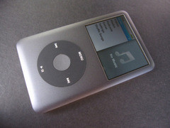 160GB容量 iPod classic3亚马逊售1849元