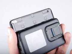 Maemo5智能系统 诺基亚N900价格依旧高端