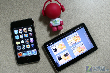 国内外MID较量:iPod touch VS 蓝魔W7