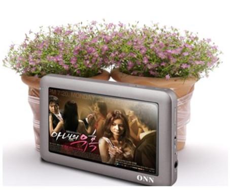 欧恩V8HD直除百元倾情献礼双喇叭TV-OUT 8GB超长播放