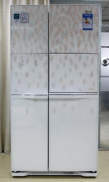 魔幻后现代主义 LG时尚对开门冰箱首曝
