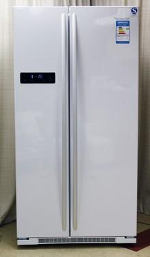 简约家庭风格 容声纯白色冰箱精品图赏