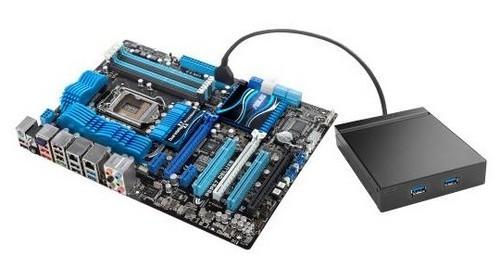 奢华16+2相 数字供电护航 主板供电方面,这款华硕P8P67 Deluxe主板使用了奢华的16+2相供电,为新一代Sandy Bridge处理器提供充足的稳定保证。同时还搭载了全新的DIGI+VRM数字供电技术,由于通过自主设计委托制造了基于可编程微处理器的VRM芯片,不仅能够准确匹配多个PWM 新款芯片,甚至可以精准的控制单个电感的电流以及工作负载状态,不会产生传输损耗。 第2代双芯智能 TPU/EPU配合 另一方面,华硕P8P67 Deluxe板载了功能强大的TPU智能加速处理器与EPU智能节能处