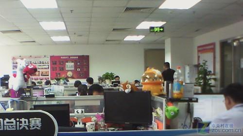 办公室场景的拍照测试,通过实际图片来对高清摄像头的画质进行分析.