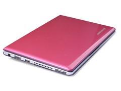 靓丽蜜桃粉色 联想上网本S205仅售2050元