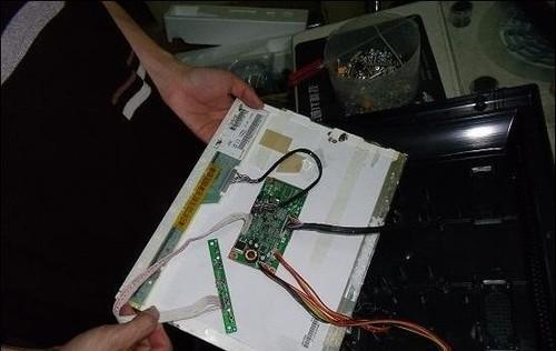 山寨品牌液晶显示器内部结构