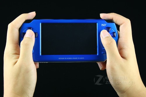 高清游戏新机 可欧W5000上市售价仅299元