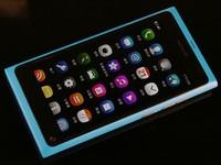MeeGo系统之绝唱 蓝色行货版诺基亚N9组图