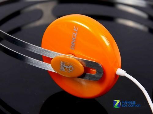 年度巨献 盘点40款2011年给力耳机新品