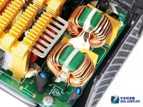 ocp(过电流保护),scp(短路保护),并提供一路具有自恢复功能的控制输入