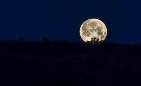 风景画夜空简单