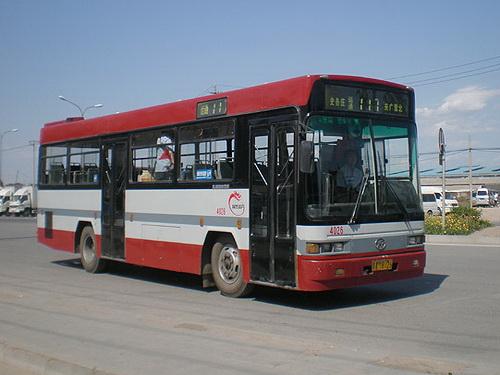 北京长安街5辆公交车年内试点WiFi上网