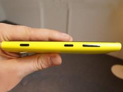 光学防抖+无线充电 WP8诺基亚920正式发布