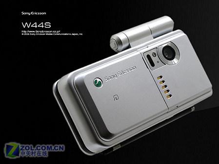 图为索尼爱立信公司的新款手机W44S-评测总结 索尼手机 手机其它OS