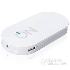 ON Q1(白色)3.1A双USB快充移动电源充电宝