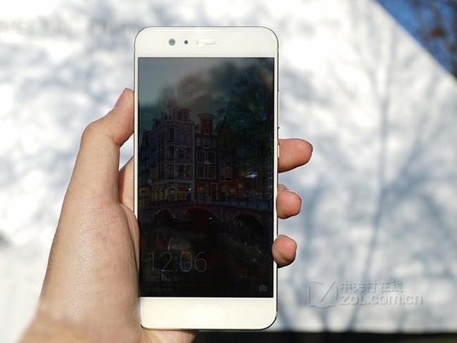 华为(HUAWEI)P10 移动联通电信4G智能手机 双卡双待 钻雕金 全网通(4GB RAM+64GB ROM)