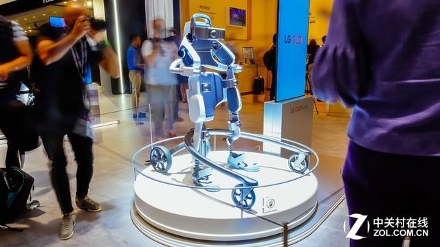 IFA 2018边逛边测: LG CLOi机器人体验