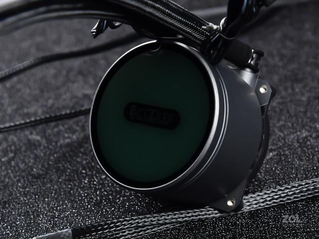 超频三凌镜GI-CX360水冷评测 皓月当空