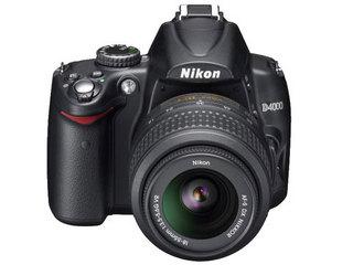 尼康D4000