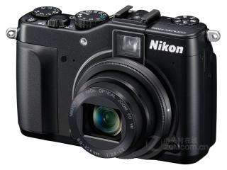 尼康P7000