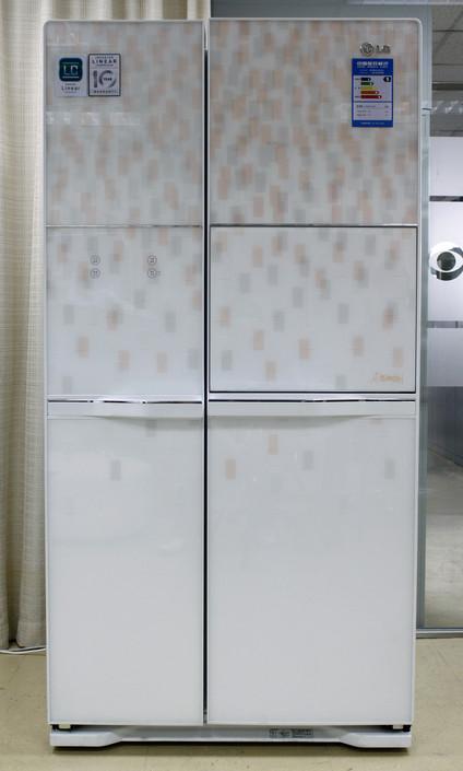 LG GR-C247DGN冰箱全貌
