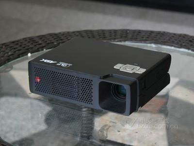 投影机ASK L1030正面