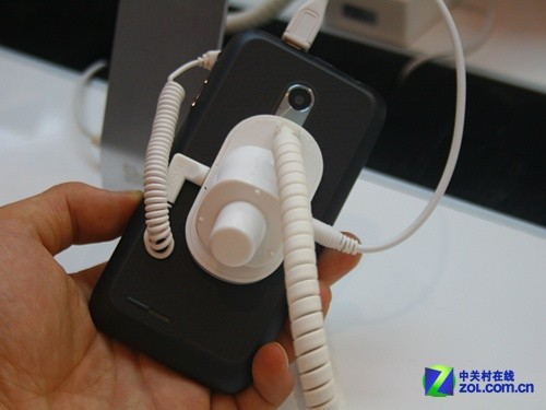 双核高性价比 联想乐Phone A700e电信定制